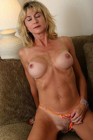 Stunning older women xxx
