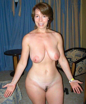 Inexperienced mature slut moms