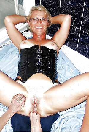 amateur invasion mature girl sex pics