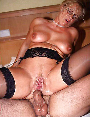 Assfuck old mature women pics