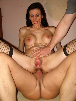 Free pics of old lady gets amateur