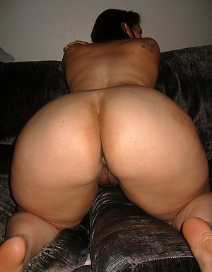Super-sexy mature ass and pussy