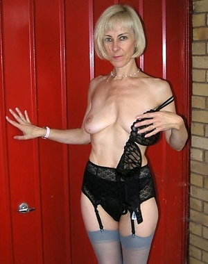 Lovely older ladies in sexy lingerie pictures