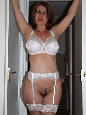 Super-sexy busty moms in lingerie
