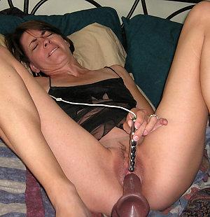 Private pics of mature milf masturbating