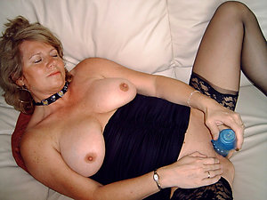 Favorite sexy mature wife masturbates