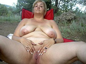 Porn pics of busty mature masturbation