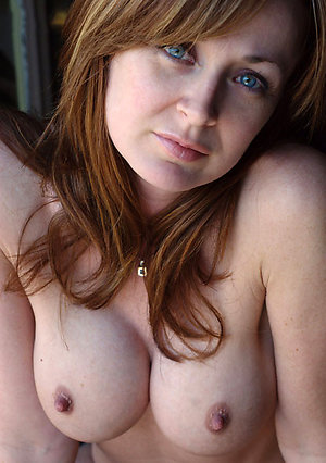 Sweet big ass milf amateur sex pics