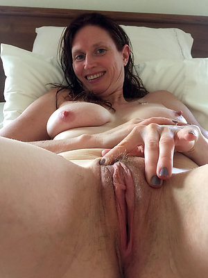 Cuties big breasted milf pictures