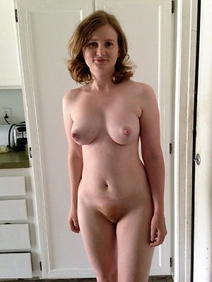Sexy horny milf porn pics