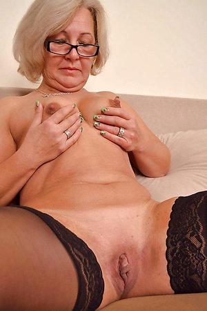 Naughty sexy mature long nipples