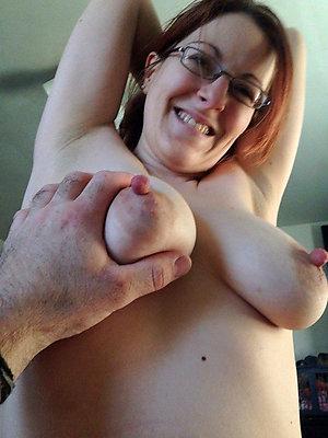 Special puffy nipple milf sex pics