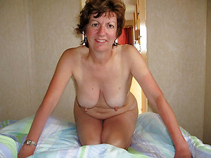 Natural huge mature nipples pics