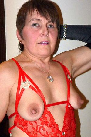 Naughty mature nipple sex amateur pics