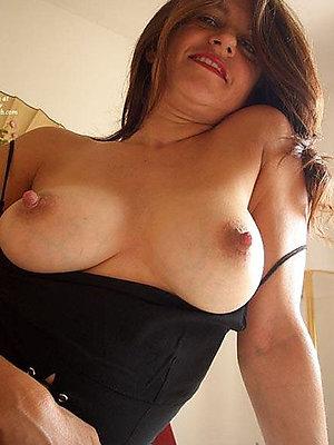 Sweet woemn long mature nipples pics