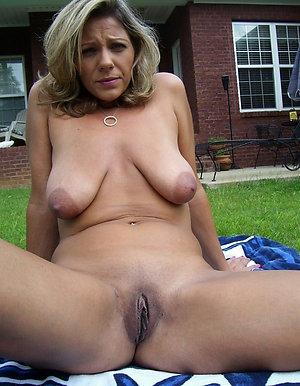 Slutty mature nude outdoors pics