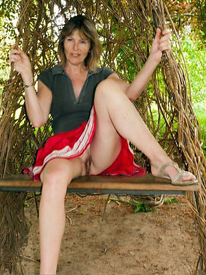 Amazing xxx mature outdoor nudes