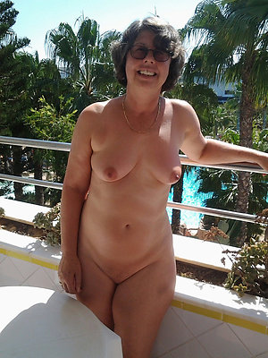 Hot natural tits mature on the street
