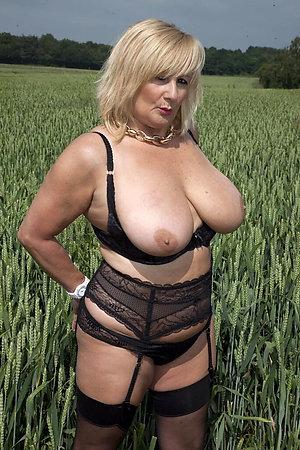 Horny old women love porn amateur pics