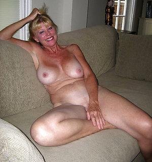 Xxx nude mature women sex pics