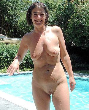 Nude amateur milf sex pictures