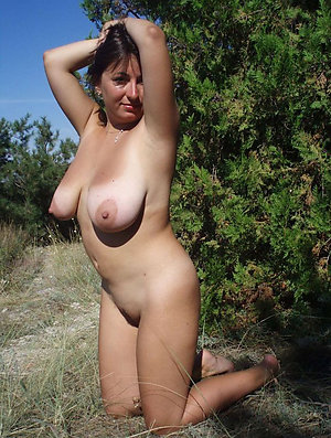 Beautiful amateur milf pictures