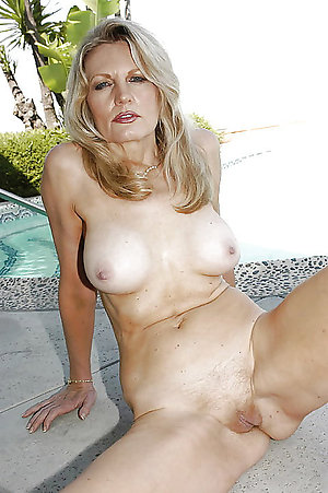 Best pics of hot amateur milf
