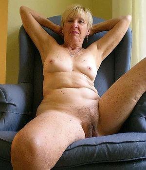 Naked big natural tit mature pics