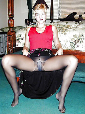Classy pantyhose ladys porn pictures