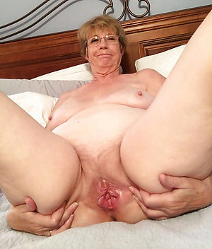 Pivate homemade mature amateur pussy