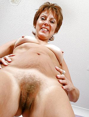Sexy mature pussy amateur photos
