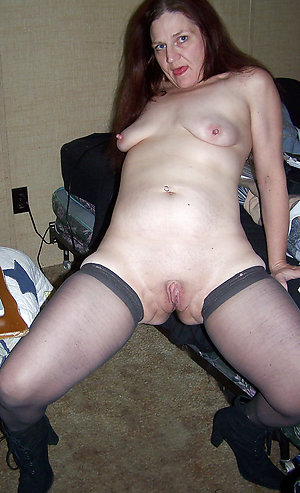 Hottest mature women saggy tits posing nude