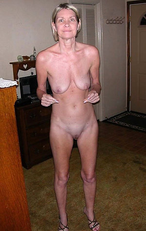 Xxx women with long saggy tits