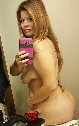 Xxx older girls sexy selfies