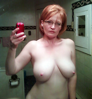 Amateur pics of beautiful mature women