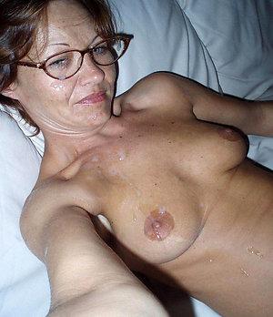 Xxx nude old girl sexy selfie