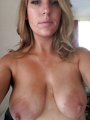 Selfshot of sexy hottest women nude
