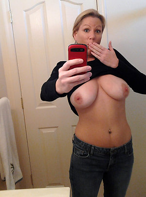 Nude old women sexy selfies pictures