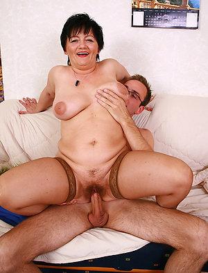 Favorite mom sex porn pictures