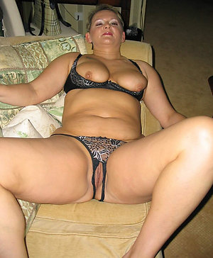 Gallery of mature panties amateur pics