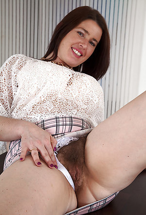 Homemade amateur mature women panties xxx