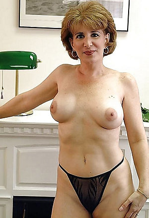 Gallery of mature women in pantys