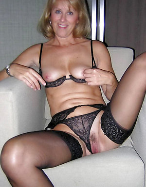 First-timer old mature panty galleries