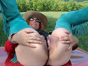 Nasty older ladies silk panties pics