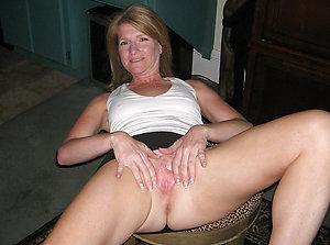 Tight mature shaved pussy pictures xxx
