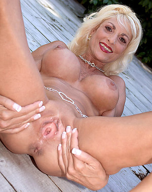 Uber-sexy older women with shaved pussies