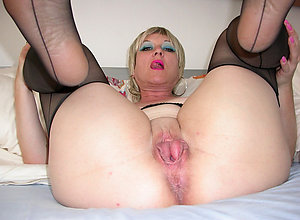 Free pictures of older shaved vaginas