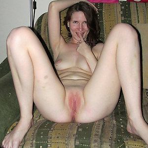 Sweet amateur mature shaved pussy galleries