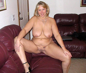 Bitchy mature women with shaved pussy