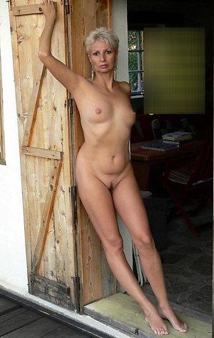 Sweet skinny mature small tit pics